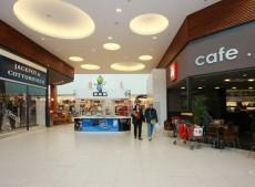 Interiér nákupního centra v Brně
